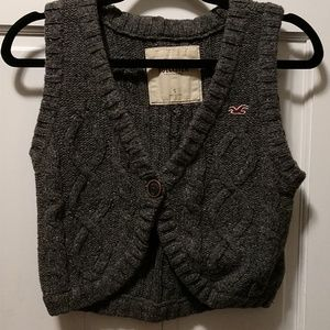Hollister Gray Cropped Sweater Vest